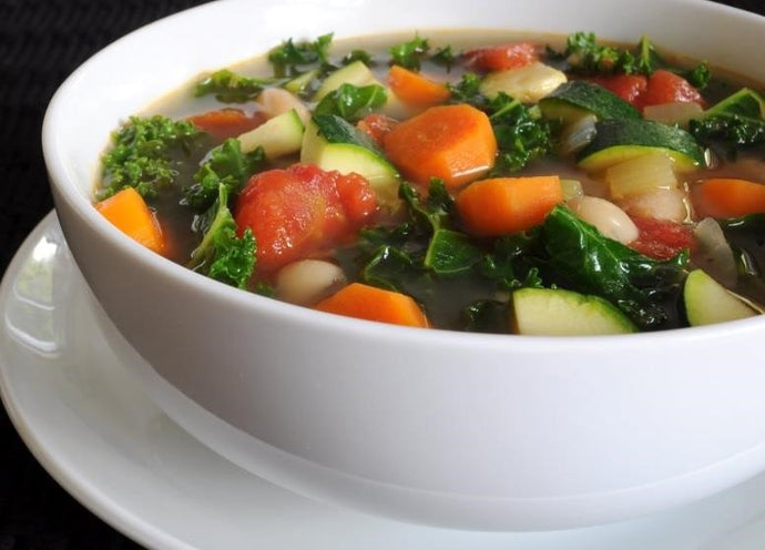 Alkaline Diet Recipe: Spiced Up Veggie Detox Soup