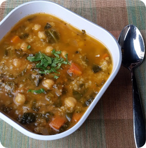Alkaline Diet Recipe: Curry Bean Soup With Quinoa