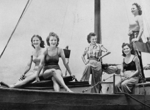 Women on a sail boat