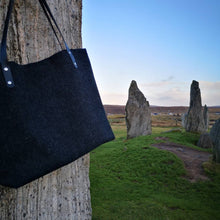 BÙTH: Harris Tweed Shopper