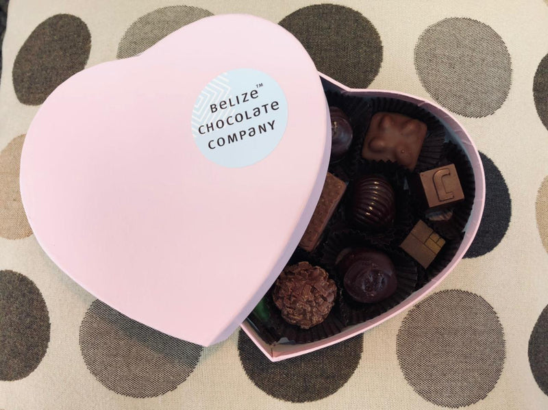 Heart box with 12 chocolates
