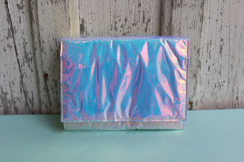 Zilla: Iridescent Glossy Squared Clutch