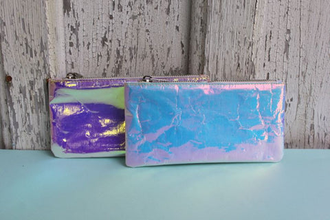 Zilla: Iridescent Glossy Small Purse