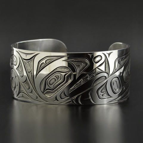 Wolf Transforming - Silver Bracelet