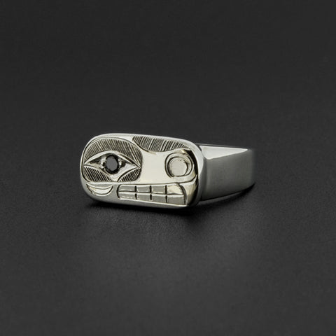 Wolf - Silver Ring with Black Diamond