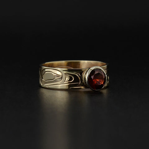 Raven - 14k Gold Ring with Garnet