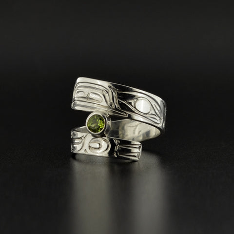 Raven - Silver Ring with Peridot