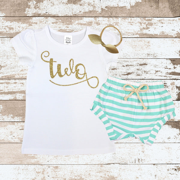 Gold Two Mint Shorts Outfit