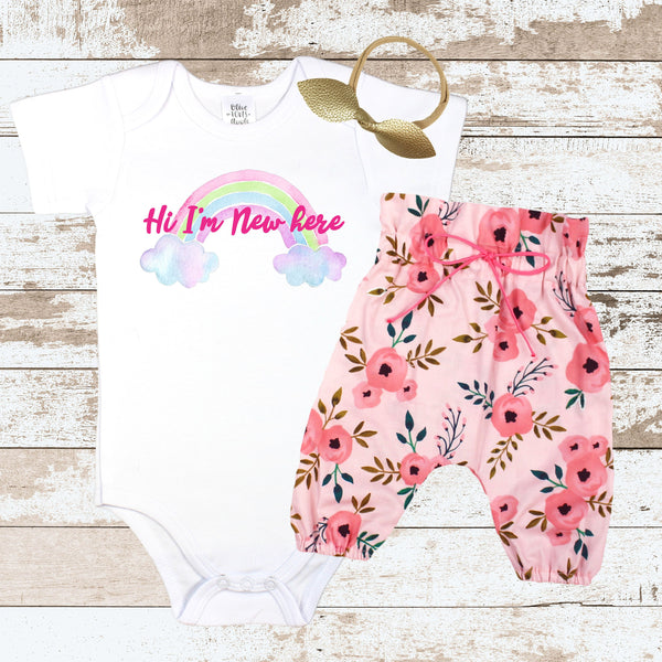 Pink Hi I'm New Here Newborn Outfit