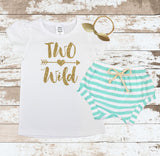 Gold Two Wild Mint Shorts Outfit