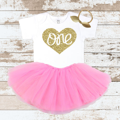 One In Heart Pink Skirt Outfit