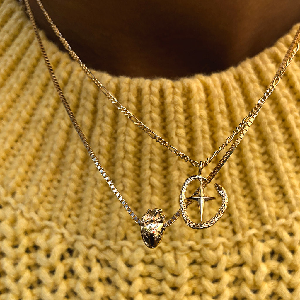 I Carry Your Heart Necklace | Gold