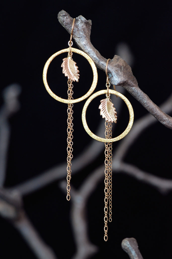 Nydia Gold Earring