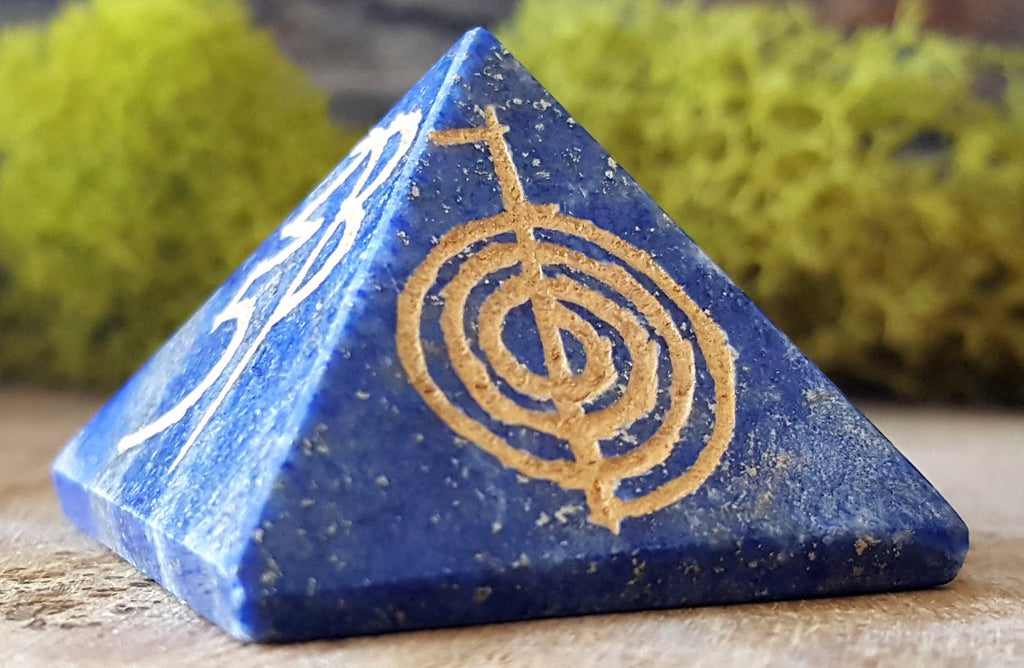 One (1) Lapis Lazuli Reiki Pyramid - Reiki Engraved Crystal Pyramid ~ 1 Inches