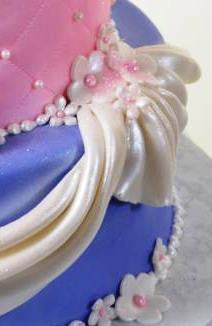 1071-Princess Crown & Pearls - Pastry Palace