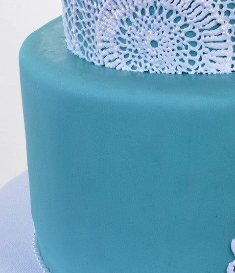 1455 – Blue & Lace Doilies - Pastry Palace