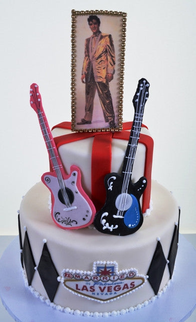 1570 – Elvis in Las Vegas - Pastry Palace