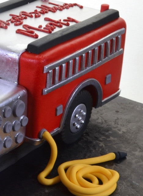1637 – Big Red Fire Truck - Pastry Palace