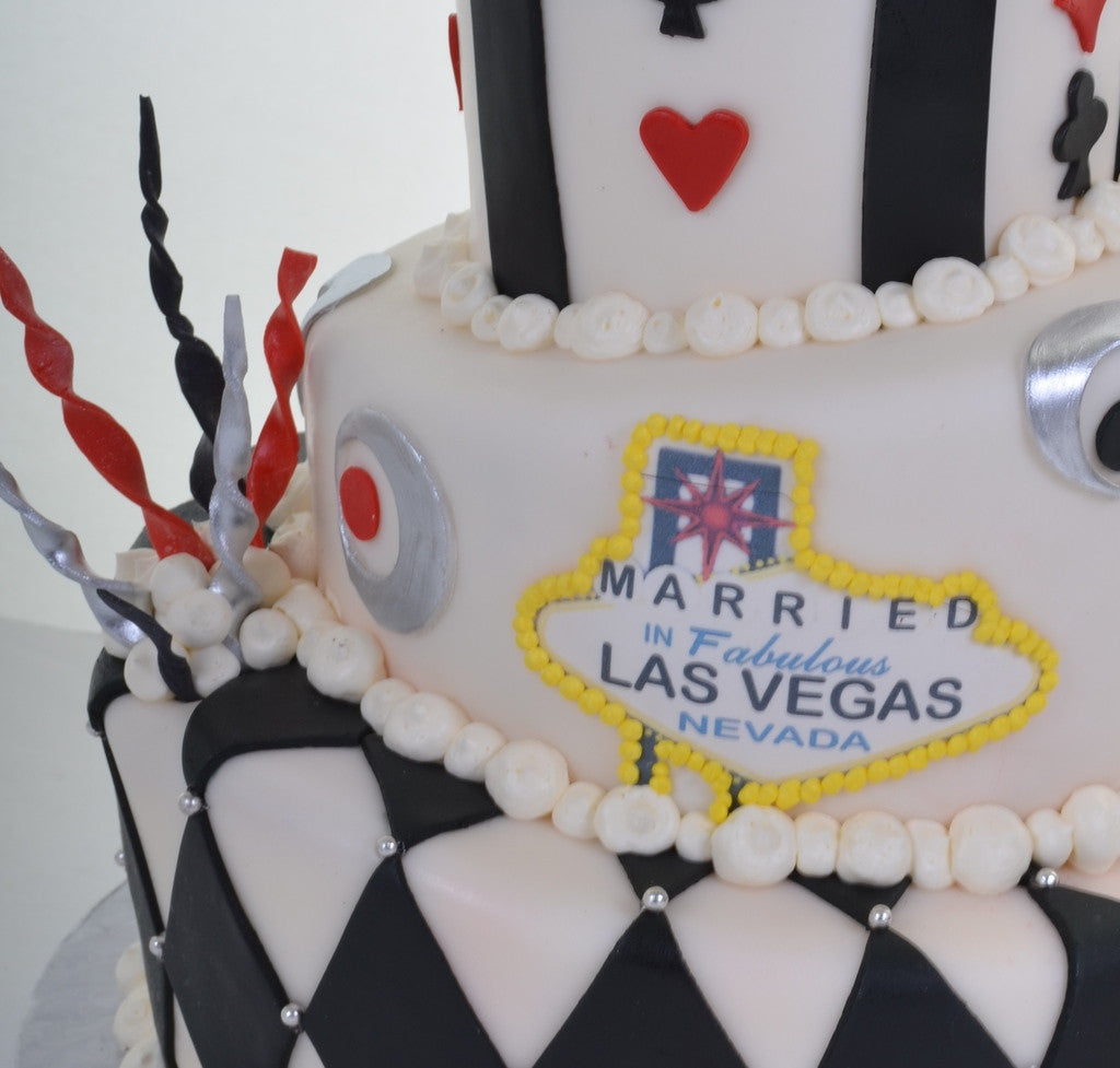 16 – King & Queen of Las Vegas - Pastry Palace