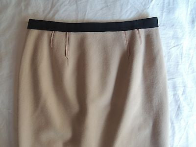 ~ NINA RICCI TWO TONE NUDE & BLACK PENCIL SKIRT (FRENCH GIRL CHIC) ~ 38