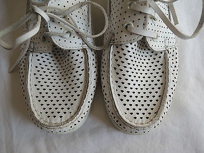 ~ SURFACE TO AIR WHITE PERFORATED LEATHER LOAFERS SHOES (HIPSTER LUXE!) ~ 36.5