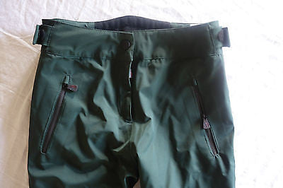 ~AUTHENTIC NEW MONCLER GREEN CLASSIC TROUSERS SNOW PANTS (VACAY IN THE ALPS!) XS