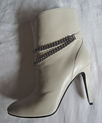 NEW SAINT LAURENT YSL LEATHER DOUBLE CHAIN DEBBIE ANKLE BOOTS / BOOTIES ~ 38.5