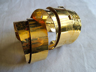 ~ AUTHENTIC ETRO HAMMERED GOLD PLATED CUFF BRACELET (STYLE SCORE!) ~
