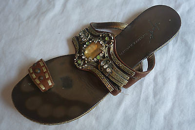 ~ GIUSEPPE ZANOTTI BROWN LEATHER JEWELED TOE RING FLAT SANDALS   ~ 37