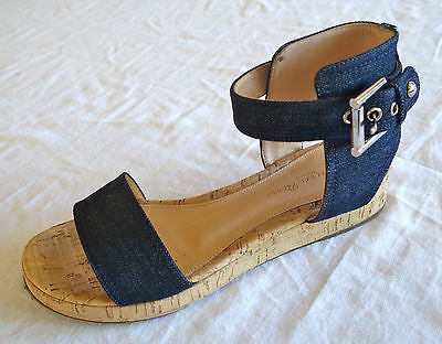 ~ GIANVITO ROSSI DENIM ANKLE STRAP PLATFORM SANDALS (CURRENT!) ~ 37