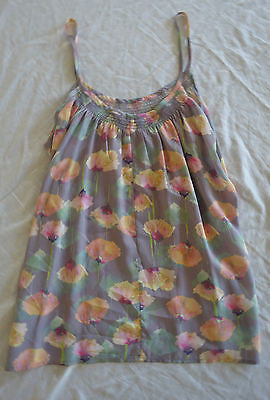 ~ TUCKER LILAC FLORAL PRINT SILK CAMISOLE BLOUSE / TOP  (TRES PRETTY) ~  M