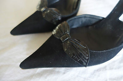 ~AUTH MANOLO BLAHNIK BLACK SUEDE & LEATHER BOW D'ORSAY PUMPS / HEELS ~  40.5