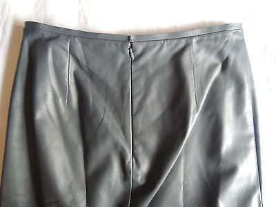 ~ REED KRAKOFF DARK GRAY LAMBSKIN LEATHER PENCIL SKIRT (SEXY MEETS CHIC) ~ US 4