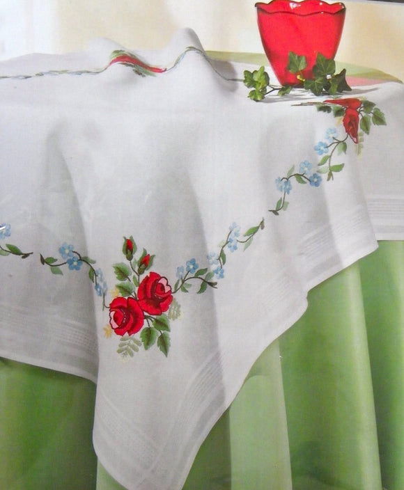 Stitch Garden Red Rose Garlands Tablecloth Kit