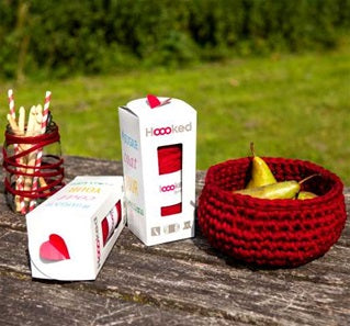 Hoooked Cranberry Basket and Tea Light Holder Kit