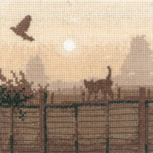 Heritage Crafts - Silhouettes - Lucky Escape Cross Stitch Kit
