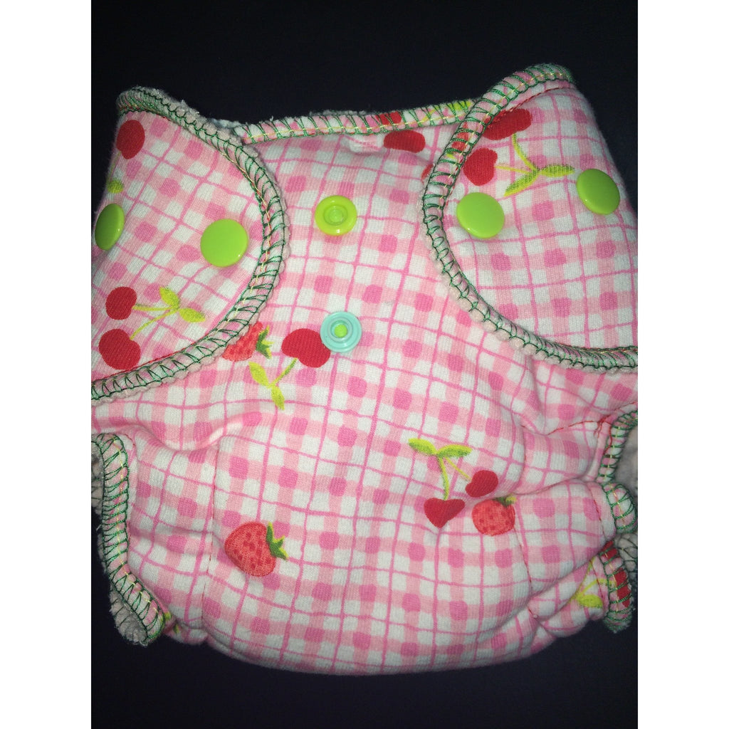 Baaby Newborn Fitted Cherry/Strawberry