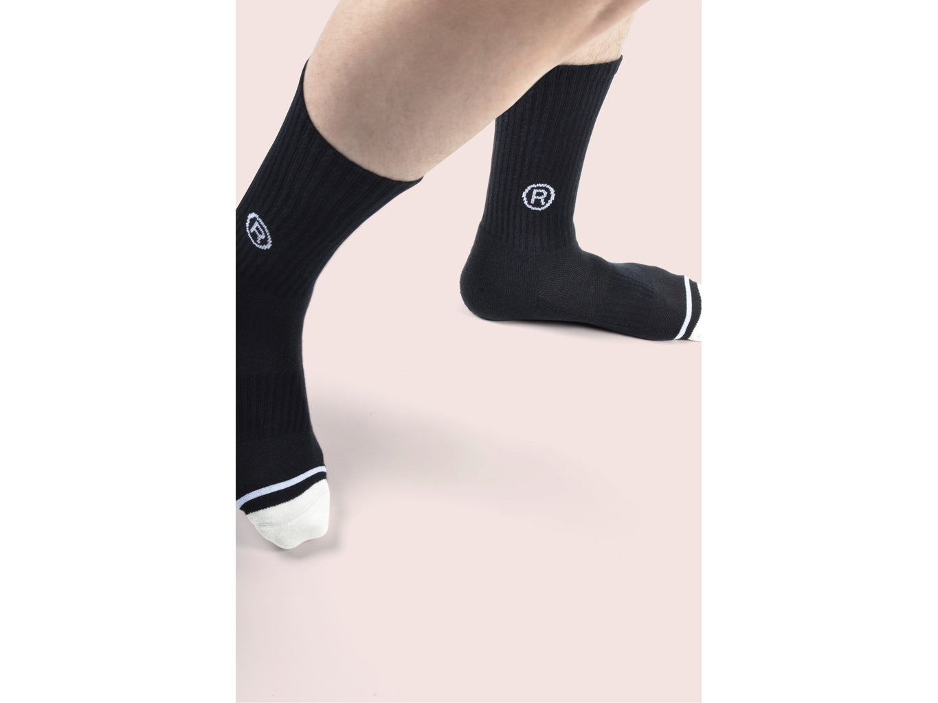 SeventyFive <br> BLK <br> MID-CALF ATHLETIC