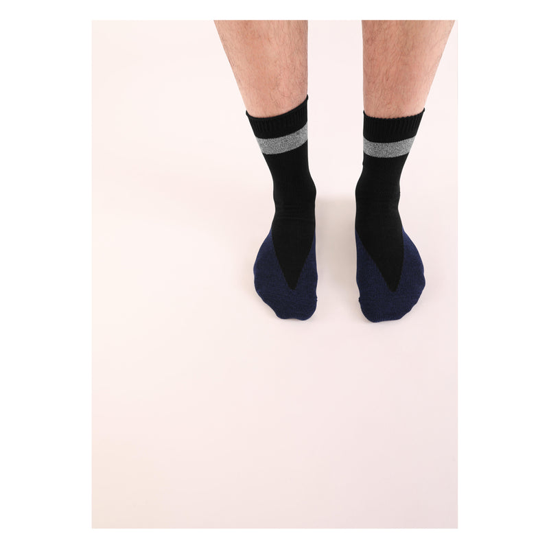 FIVE <br> BLK/NVY <br> HI-ANKLE