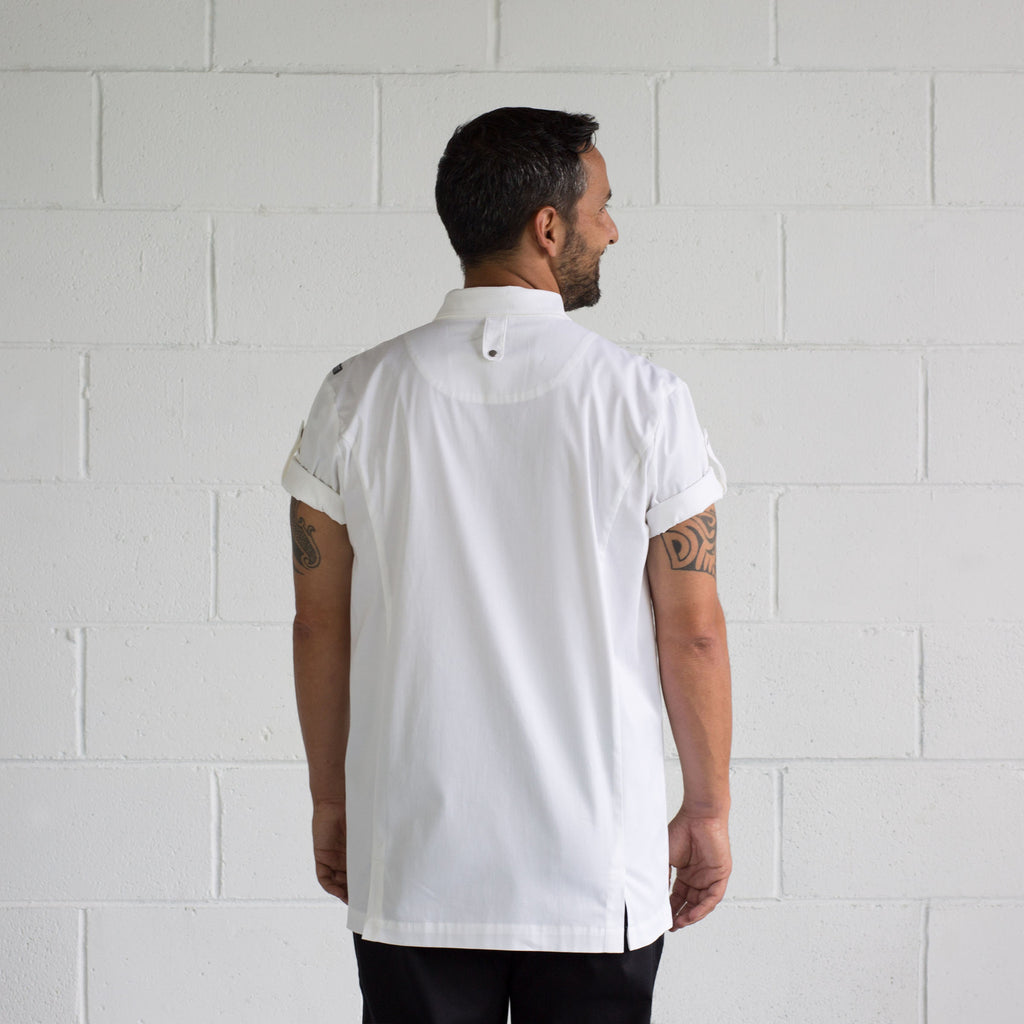 Men's white Super Rick lightweight short sleeve shirt made from Organic cotton