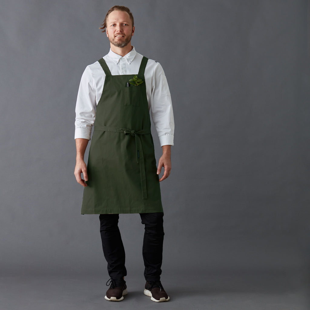 Apron Jack with cross back straps, double pen pocket on front and a hip pocket