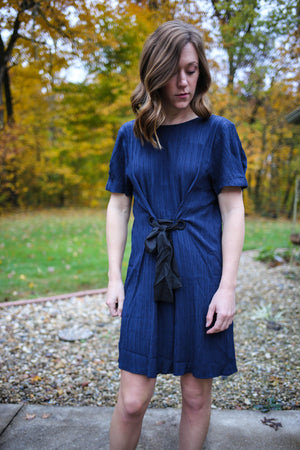 Gilli Midnight Black Tie Dress
