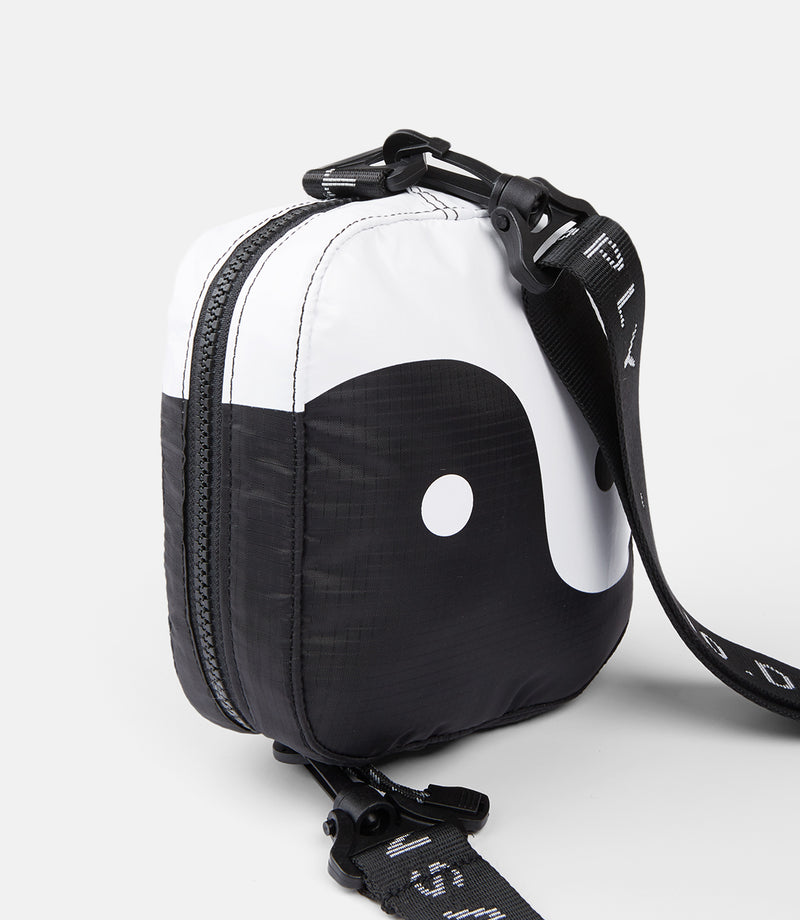 10Deep - Tao Satchel, Black