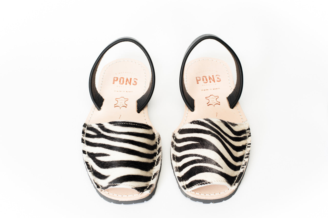Pons Avarcas - Classic Style Animal Prints, Zebra - The Giant Peach - 2