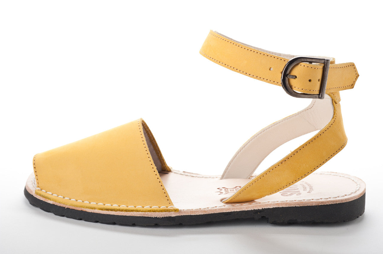 Pons Avarcas - Classic Style Strap Sandal - The Giant Peach - 7