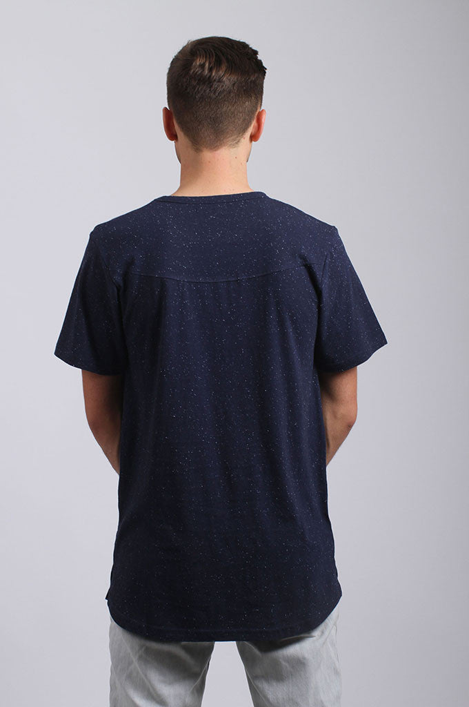 Akomplice VSOP- JQOGA Epple Men's Tee, Navy - The Giant Peach