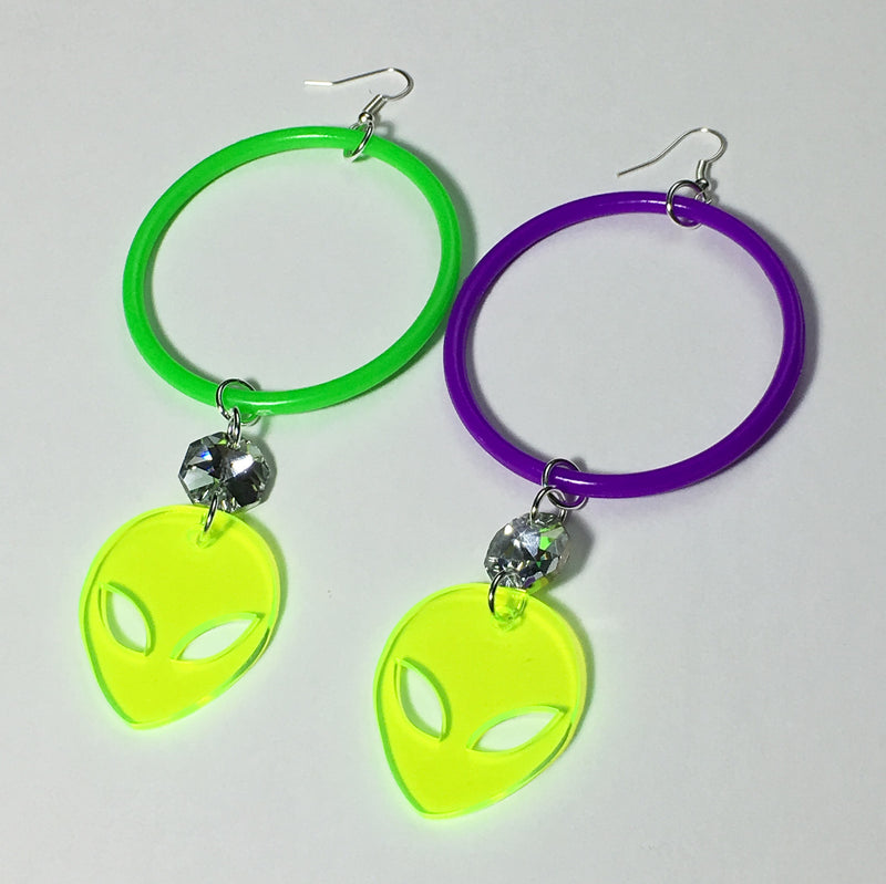 TRIXY STARR - Alien Grunge Earrings, Multi - The Giant Peach