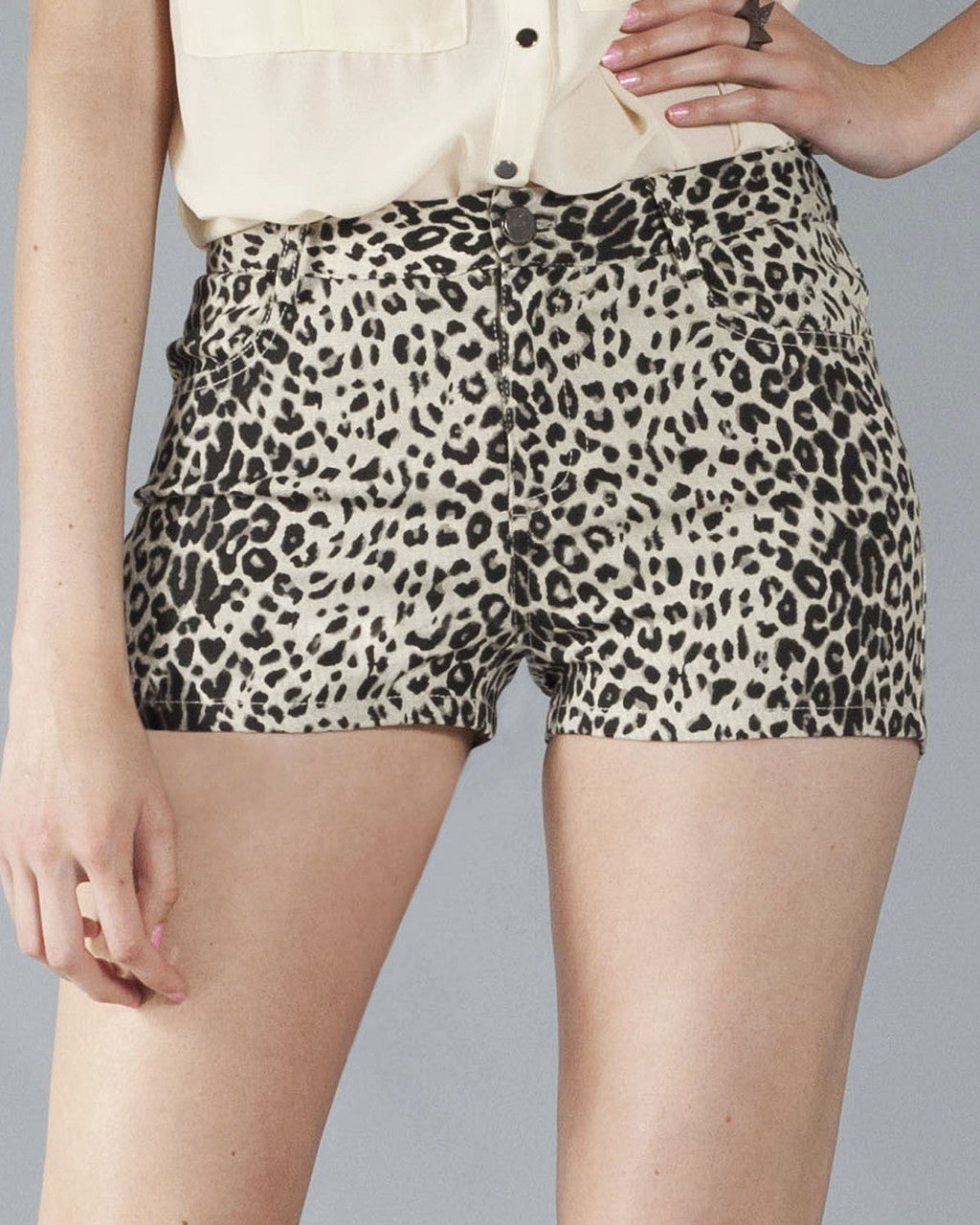 Big Cat Women's Shorts, Cream and Black - The Giant Peach - 4