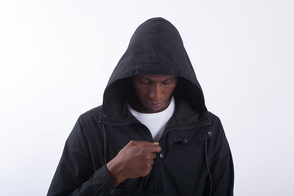 Akomplice VSOP- Maiden Nylon Men's Anorak Fishtail, Black - The Giant Peach