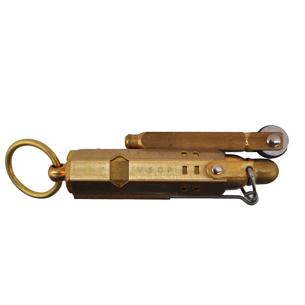 Akomplice VSOP - Trench Lighter, All Gold